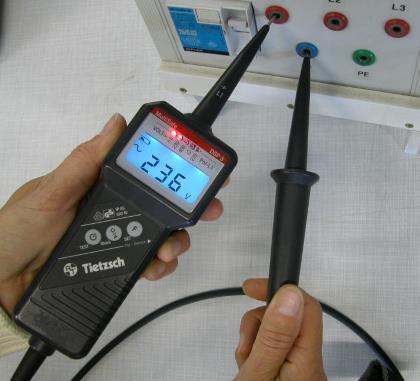 spannungspruefer test messen